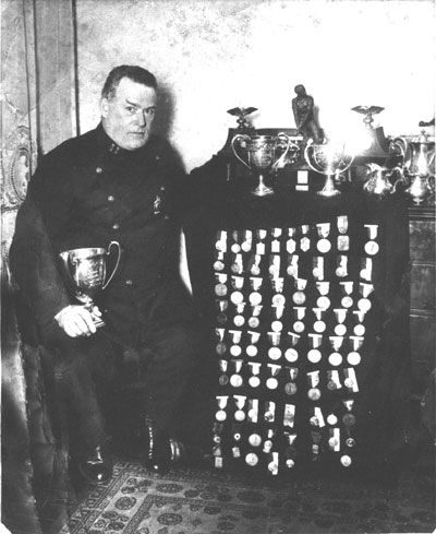 McGrath_with _medals